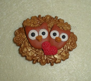 Love owls brooch