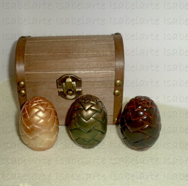 Dragon eggs Game of Thrones inspired with small box. Small size.